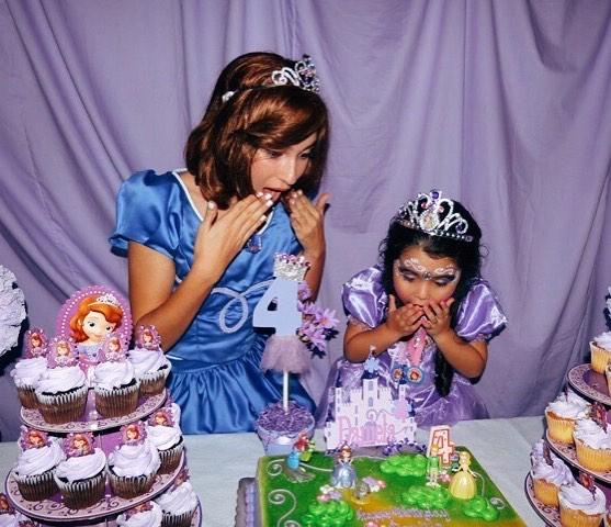 Sensational Princess Sofia Was Shocked By The Beautiful Birthday Cake Funny Birthday Cards Online Inifodamsfinfo